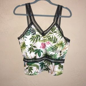 Morgan De Toi - tank with lace detail and greenery